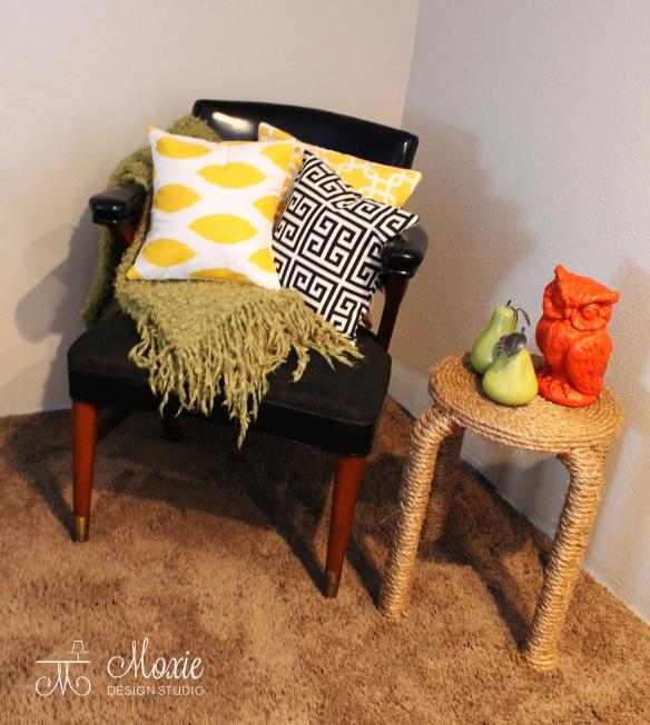 Moxie_pillows_chair_3