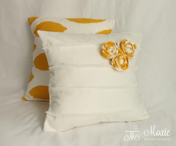 yellow_white_flower pillows